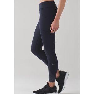 "Lululemon Tight Stuff II Leggings 25"" Size 4"